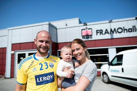 Kasper Gudnitz er «siste brikke» i Fyllingen-stallen for neste sesong. Han kommer til Bergen på en treårskontrakt, med samboer Michaela Ek og datteren Livia. Ek skal spille for Viking.