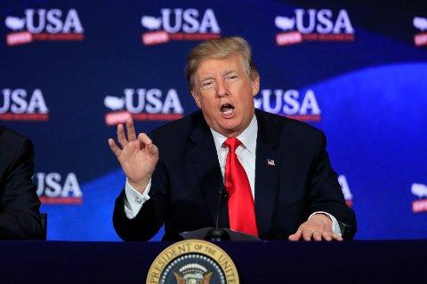 President Donald Trump trekker USA ut av Iran-avtalen.