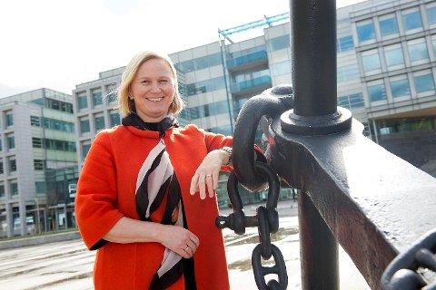 Divisjonsdirektør Katrine Trovik i DNB forteller om økt aktivitet og optimisme blant kundene. FOTO: MAGNE TURØY