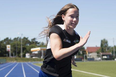 Martine Hjørnevik vil bli mer enn en «barnestjerne», hun vil gå i Isabelle Pedersens fotspor. (Foto: Arne Ristesund)