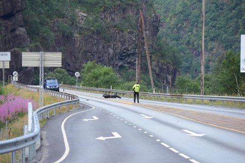 To unge menn fra Vaksdal kommune omkom i en MC-ulykke natt til torsdag.