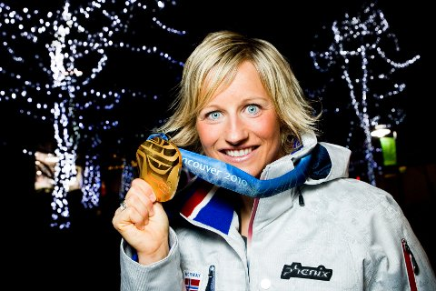 Tidligere langrennsløper og OL-gullvinner Vibeke Skofterud ble søndag funnet død etter en vannscooterulykke.