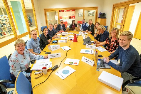 A folk jury from Hordaland and Sogn og Fjordane selected their favorites for new provincial weapons on Saturday. Later a professional jury will make a selection of his favorites. The final decision falls in December in the two district councils.