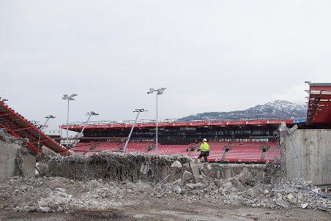 Her ved Brann stadion skal 350 studentboliger stå klare til studiestart i 2019.