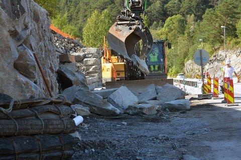 LITEN BEGYNNELSE: Det jobbes med flere kollektivtiltak på Askøy de neste årene, forteller prosjektleder Cathrine Botnevik.