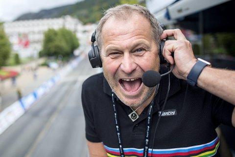 VM-STEMMEN: Kjell Erik Kristiansen (58) var speaker under sykkel-VM. I 35 år har han reist verden rundt og jobbet som speaker.– Sykkel-VM var enestående; et vanvittig bra arrangement, men også eneste stedet jeg ikke har fått oppgjør, sier han til BA. FOTO: SKJALG EKELAND