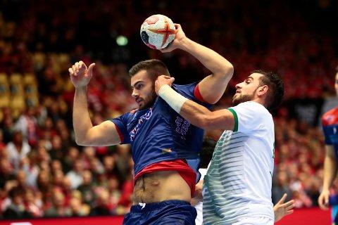 Eivind Tangen i aksjon under VM-kampen i håndball mellom Norge og Saudi-Arabia i Boxen arena i Herning lørdag.