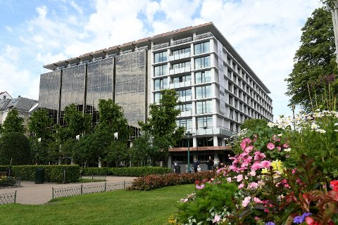 Hotel Norge har gjort endringer i mattilbudet til ansatte på kveldstid.