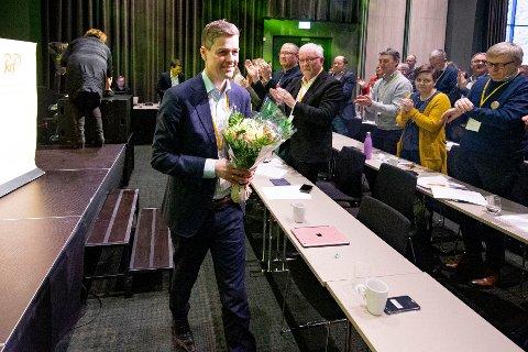 Tidligere KrF-leder Knut Arild Hareide deltok på KrFs landskonferanse på Gardermoen lørdag. Trolig kommer han til å fortsette å lede stortingsgruppa.