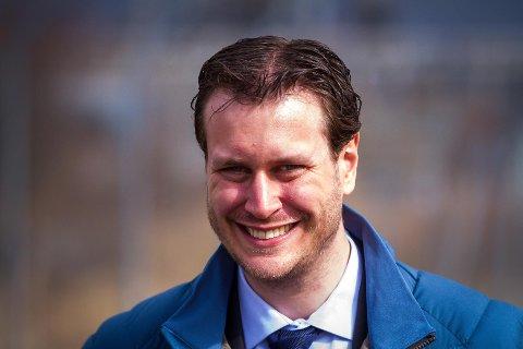 Helge André Njåstad  representerer Hordaland på Stortinget og er finanspolitisk talsmann for Fremskrittspartiet (Frp).