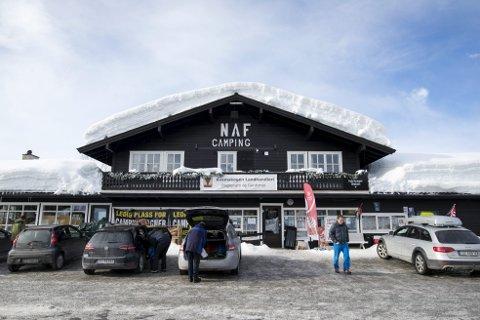 Etter at nye eiere overtok «Naffen» i slutten av 2016 har butikken vært meget godt besøkt. – Det er tilfredsstillende å få det til å gå rundt og se at folk setter pris på det vi gjør, sier eier Ove-Henning Bjørsvik.