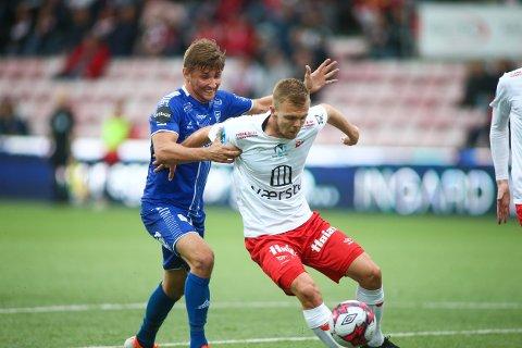 Fredrikstad og Stian Stray Molde (t.h.) utsetter opprykksfesten for Kvik-Halden lørdag.  Foto: Christoffer Andersen (NTB scanpix)