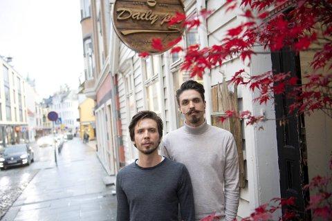 Brødrene Patryk (30) og Kewin (26) Staszkiewicz har ventet åtte måneder på å åpne. – Vi har tenkt tanken å gi opp, men all støtten har holdt oss oppe.