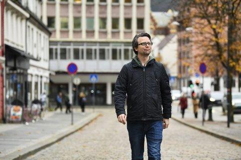 På den grønne gren: Sondre Båstrand har blitt kompensert for en halv stilling, men det har holdt lenge som full lønn mener han selv. Foto: RUNE JOHANSEN