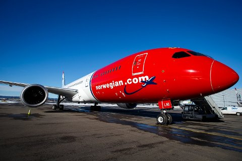 Et av Norwegians fly på Oslo lufthavn.