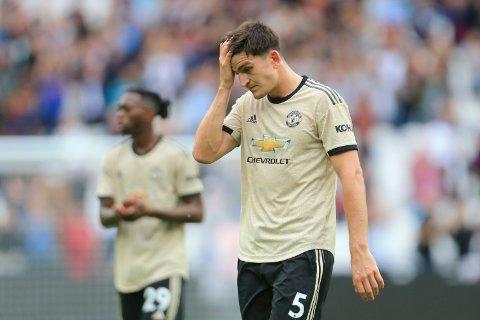 Manchester United og Harry Maguirefortviler etter 0-2-tapet mot West Ham på bortebane i slutten av sesptember. Vi tror Ole Gunnar Solskjær sitt mannskap får problemer på bortebane i Norfolk også.  (AP Photo/Leila Coker)