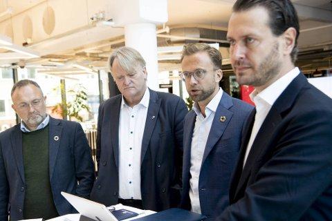 Ove Trellevik, Nikolai Astrup og Helge André Njåstad presenterer statsbudsjettet på sin måte.