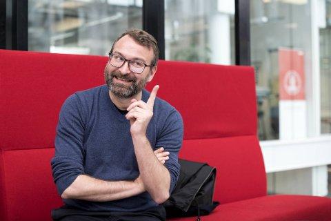 Mikkel Grüner ville ikke la seg parkere i en jobb uten politisk innhold.