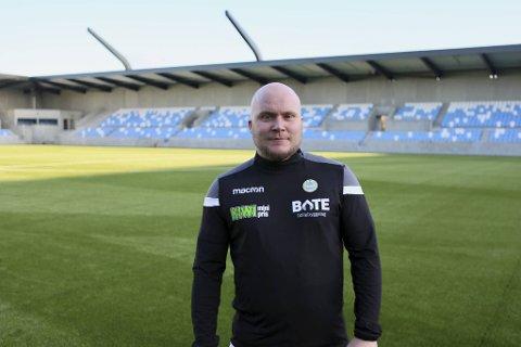 Det har vært en dårlig skjult hemmelighet i lang tid, men onsdag ble Steffen Landro presentert som ny Sandnes Ulf-trener.