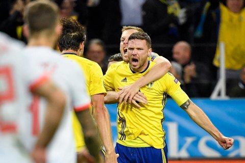 Sveriges Marcus Berg jubler etter 1-0-scoringen mot Spania. I kveld trenger svenskene en Berg i toppform mot Romania.  Foto: Anders Wiklund/TT / NTB scanpix