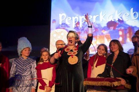 Bergens ordfører og Pepperkakebyens borgemester, Marte Mjøs Persen, kunne lørdag åpne Pepperkakebyen for hennes femte gang og Pepperkakebyens 29.gang.