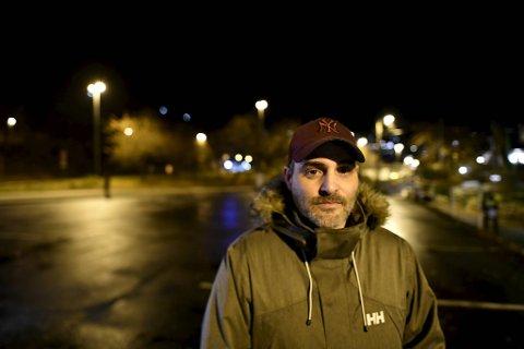 Philippe Bessemans og samboeren Malin Hjelle ble evakuert fra boligen sin.