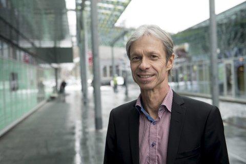 Senterdirektør Thomas Skålnes ved Sartor storsenter sier at de har kuttet felleskostnadene med 34 prosent siden våren 2018.