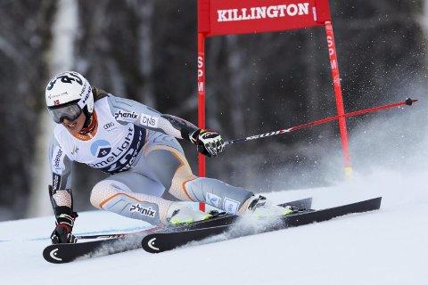 Det startet bra for Maria Tviberg i verdenscupløypen i storslalåm, men det endte med knall og fall.