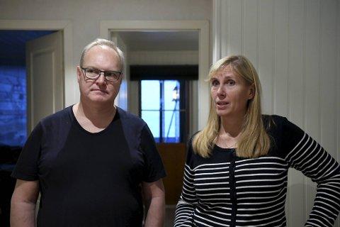 Tom Johnsen (51) og Linda Alrek (50) synes det er ekkelt at uvedkommende har vært i huset mens de var på jobb.