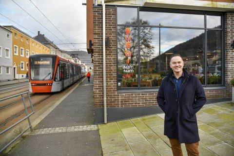 Millionær Kjell Bjørnar Hatland åpner ny sushi-restaurant på Danmarksplass. Den femte i rekken for kjeden.