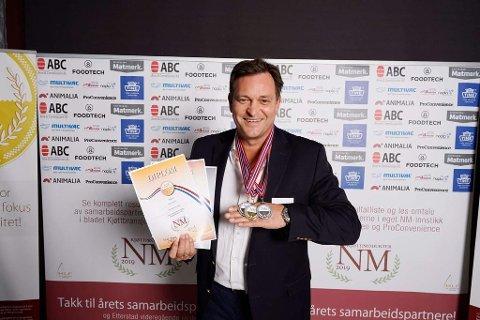 Tore Paulsen i Fana Kjøtt fikk med seg flere medaljer hjem.