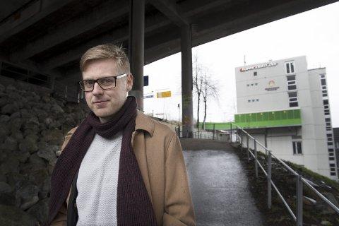 B LIR DISKRIMINERT: Arbeiderpartiets Øystein Hassel er bystyrerepresentant og snart ferdig utdannet lærer. Men               noen skoler vil han være uaktuell for. arkivFOTO: Arne Ristesund