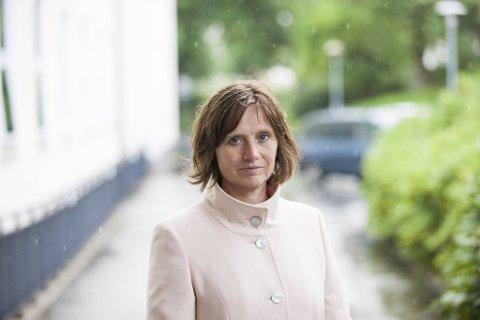 Senterpartiets Kjersti Toppe ønsker en ekstern gjennomgang av barnevernet.  Håpet er at det stake ut en vei for en større systemendring