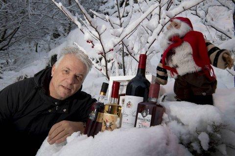 Vi har plukket ut noen flasker – rimelige og litt mer kostbare – som alle er fine julegaver. De passer også til høytidens mange smaker – enten det er middager, desserter eller kaker.