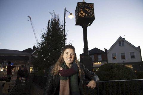 Maren Mjelde hjemme i Cobham – en 40 minutters togtur fra storbyen London. Her leier                 Arna-jenten en leilighet og har kort vei til Chelseas treningsanlegg.
