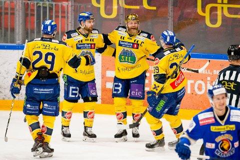 Storhamar og Patrick Thoresen har vunnet to av tre kamper i Stavanger i grunnserien, og vi tror de kan ta en ny seier søndag. Foto: Audun Braastad / NTB scanpix