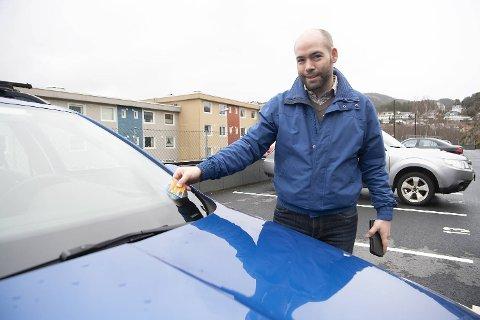 Thord Matre valgte å melde seg inn i Bildeleringen for å ha tilgang til biler som kan dekke andre behov enn familiens el-bil. BA møtte ham ved Skoda-stasjonsvognen som er stasjonert i Nebbestølen i Fyllingsdalen.