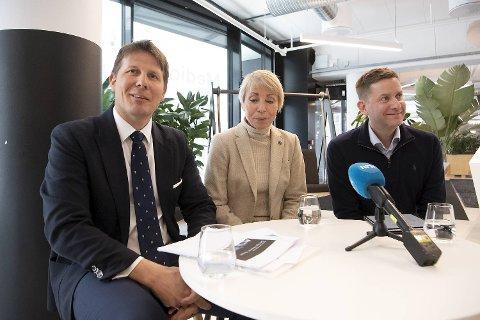 Fra venstre: Akvariet i Bergens direktør Aslak Sverdrup, Havforskningsinstituttets direktør Sissel Rogne og Hurtigrutens konsernsjef Daniel Skjeldam.