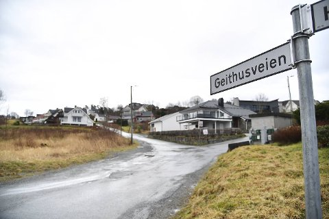 På Hjellestad har det vært innbrudd i fem boliger den siste uken. Mandag kveld slo tyvene til i Geithusveien.