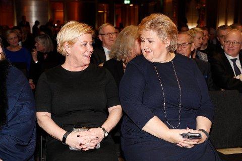 Finansminister Siv Jensen og statsminister Erna Solberg styrer et land der det fortsatt går bra.  Foto: NTB scanpix