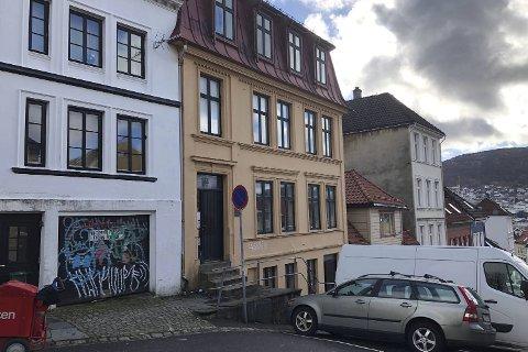 AID Invest AS, som eies av Arne Inge Dalseide, ga det høyeste budet på Vestre Murallmenning 4. I forrige uke stadfestet Bergen tingrett budet som lyder på 24 millioner kroner.
