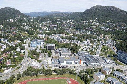 Boligprisene økte mest i Bergen vest i første kvartal i 2019. Det gjelder blant annet Fyllingsdalen bydel, som her er avbildet. (Arkiv)