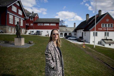 Vossa Jazz presenterer sitt 38. Tingingsverk på lørdag. I år er det ålesunderen Hedvig Mollestad som står for komposisjonen. Det er musikk uten ord.