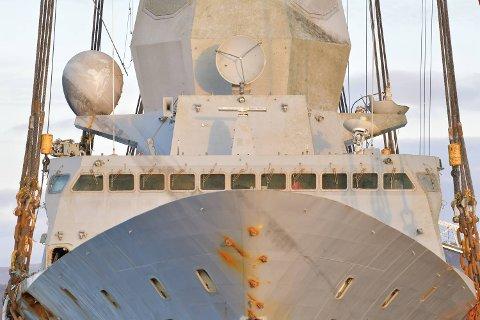 Fremtiden til den havarerte fregatten er fortsatt uviss.