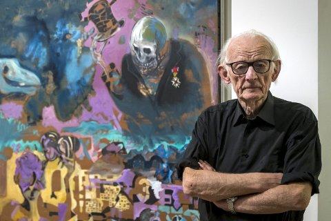 90 år: Dette bildet er tatt i forbindelse med Håkon Blekens 90-årsdag i fjor høst.  I dag er kunstneren på plass i Bergen i forbindelse med utstillingen «Kunstnerliv» på Hotel Norge. Foto: Heiko Junge, Scanpix