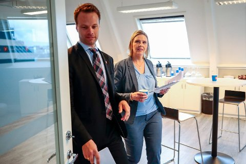 Illustrasjonsfoto: Innvandringspolitisk talsmann i Frp Jon Helgheim og nestleder Sylvi Listhaug i det de legger frem første delrapport fra .Frps innvandring- og integreringsutvalg.