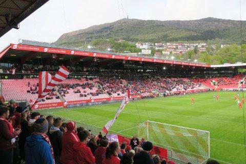 Stadion er tom, men alle skal på 16. mai