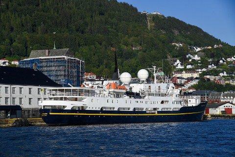 MS «Serenissima» ble liggende i arrest i Bergen.