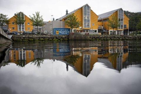 Bonasera vil få uteservering mot Arnavågen utenfor Øyrane Torg.