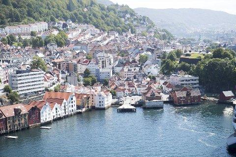 Godordene om Bergen har haglet i 949 år. Mandag var det Kommunal- og moderniseringsdepartementet som fastslo noe vi alle visste. Foto: ARNE RISTESUND
